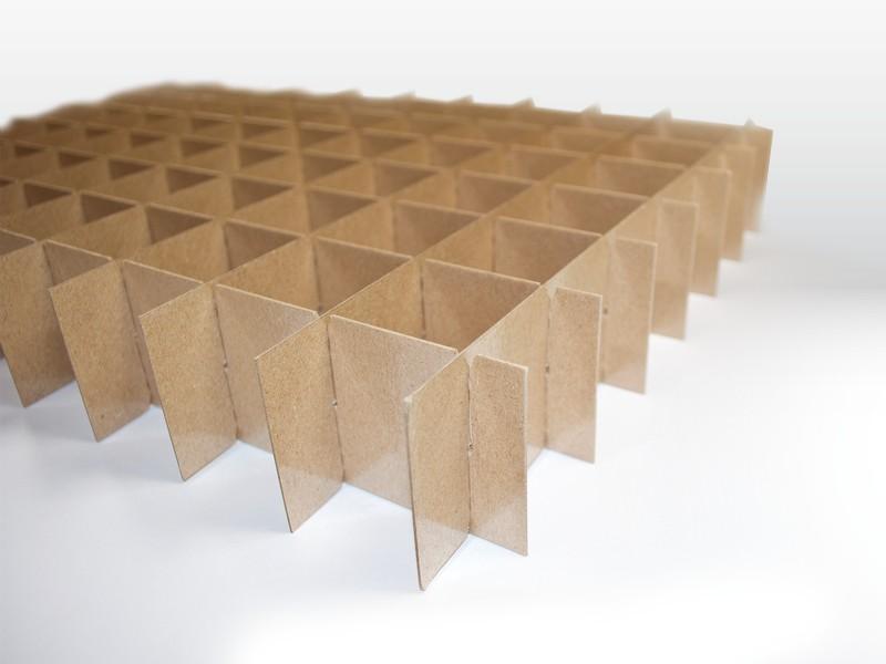 Stegsatz aus Vollpappe (PE-beschichtet) der Tillmann Verpackungen Schmalkalden GmbH
