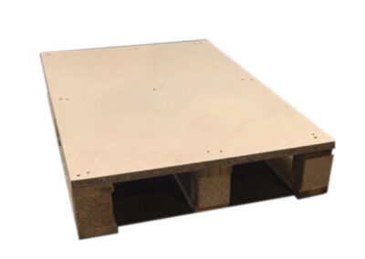 Holzflachpalette mit geschlossener Deckfläche