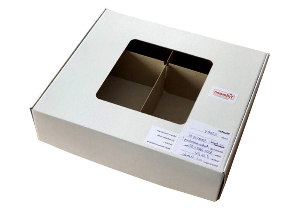 Eine Verkaufs- und Versandverpackung mit offenem Sichtfenster, eine spezielle Verpackungslösung von der Tillmann Verpackungen Schmalkalden GmbH für den Einzelhandel.