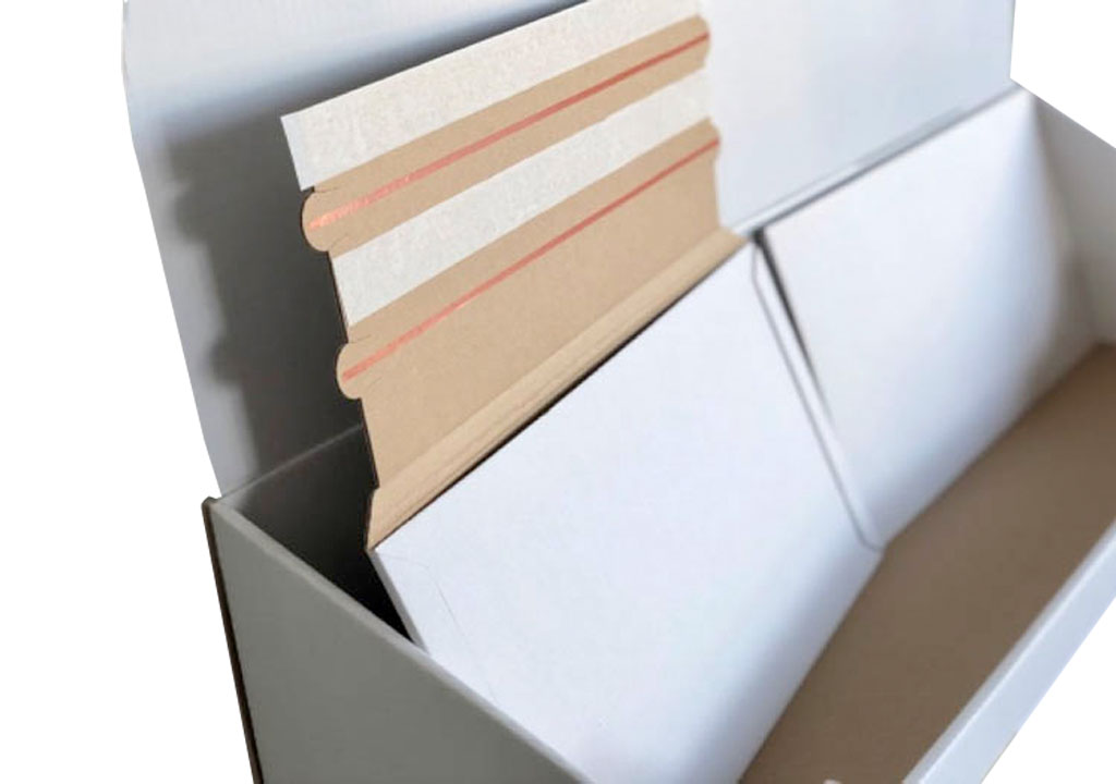 Spezielle Versandtasche für Messerando zum mehrmaligen Transport, eine spezielle Verpackungslösung der Tillmann Verpackungen Schmalkalden GmbH