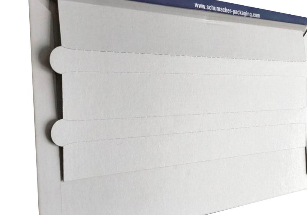 Seitenansicht einer speziellen Versandtasche für Messerando zum mehrmaligen Transport, eine spezielle Verpackungslösung der Tillmann Verpackungen Schmalkalden GmbH
