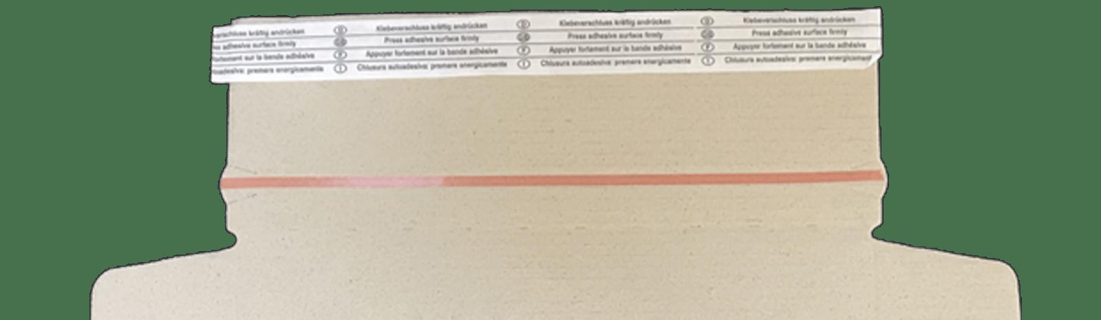 Detailansicht Graspapier Karton mit Aufreißfaden und Selbstklebestreifen